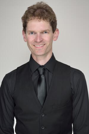 Stuart Bahn guitarist profile