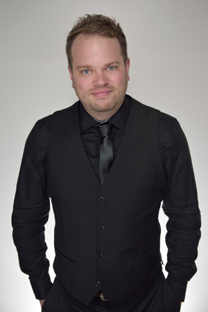 tom-george-singer-profile